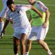 Ronaldinho elhagyta a Dubajban edzőtáborozó Milant. A korábbi aranylabdás játékos egy Brazíliába tartó repülőre ült,...
