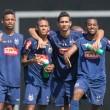 Robinho nyilvánosan üzent Gansónak, hogy csatlakozzon a Milanhoz. A 21 éves brazil tehetség nagy valószínűséggel...