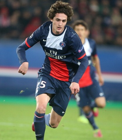 "Adrien Rabiot, a Paris Saint-Germain fiatal játékosa a Milan fő kiszemeltje a középpályára, de Blerim...<div class=""addthis_toolbox addthis_default_style "" addthis:url='http://www.acmilan.hu/2014/08/23/rabiot-a-fo-kiszemelt-van-ginkel-a-b-terv/' addthis:title='Rabiot a fő kiszemelt, Van Ginkel a B terv? '  ><a class=""addthis_button_facebook_like"" fb:like:layout=""button_count""></a><a class=""addthis_button_tweet""></a><a class=""addthis_button_google_plusone"" g:plusone:size=""medium""></a><a class=""addthis_counter addthis_pill_style""></a></div>"