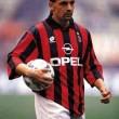 Roberto Baggio 1967. február 18-án született a a Vicenza közelébőn lévő Caldogno városában. Roby sikeres...