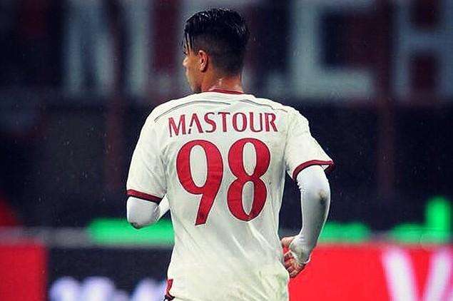 Hachim Mastour nyilatkozatában elmondta, a felépülése jól halad és másfél hónap múlva már ismét játszhat....