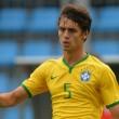 A Milant ezúttal a brazil bajnokságban szereplő Sao Paulo védőjével, Rodrigo Caióval hozták hírbe, aki...