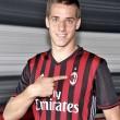 A 21 éves játékos a Milanban folytatja.