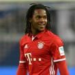 A Milan élénken érdeklődik a Bayern München 19 esztendős Európa-bajnok portugál középpályása, Renato Sanches iránt....