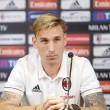 Lucas Biglia, a Milan argentin válogatott középpályása a hétvégi Lazio elleni meccs előtt egy sajtótájékoztatón...
