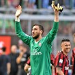 Gianluigi Donnarumma, a csapat fiatal kapusa szombaton a Fiorentina elleni 1-1-es döntetlennel zárult bajnokin jubilált...
