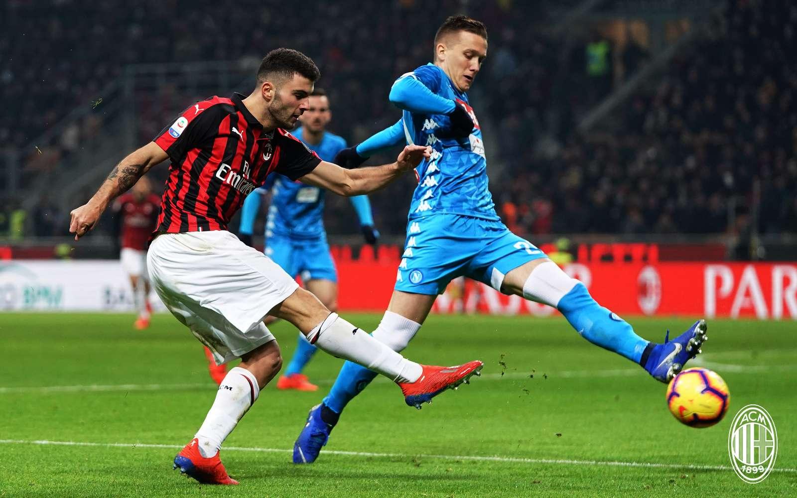 b65bc2fa6d Gól nélkül döntetlen a Milan-Napoli rangadón a San Siróban - AC ...